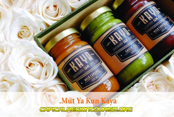 Mứt Ya Kun Kaya