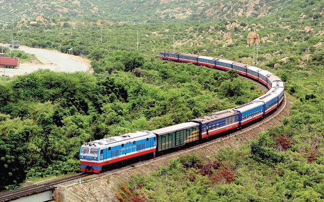 đi từ Huế đến Nha TRang bằng đường sắt